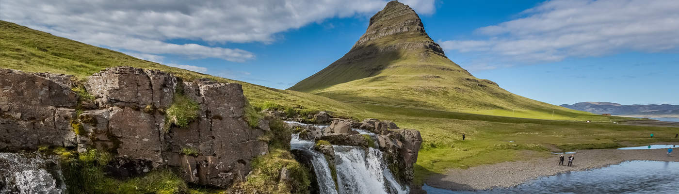 Kirkjufell, Grundarfjördur på halvøen Snæfellsnes i Island | North Travel ApS
