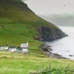 Kør selv til det smukke Viðareiði på Færøerne. Rejs med North Travel.