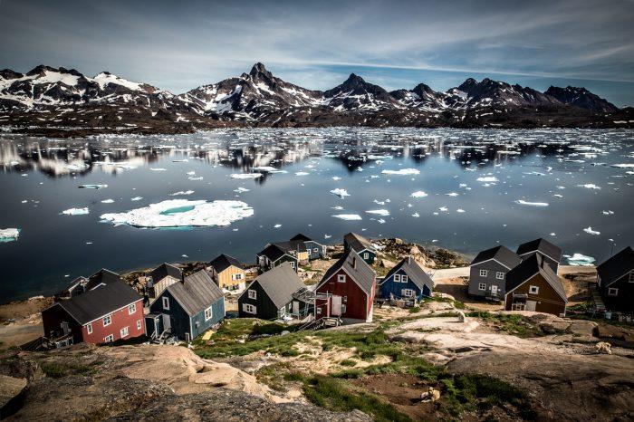 Østgrønland via Island