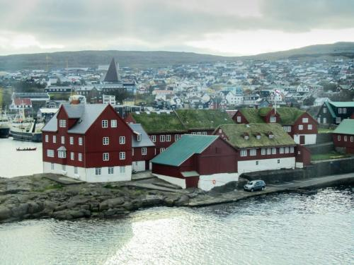 Thorshavn. Tinganes.