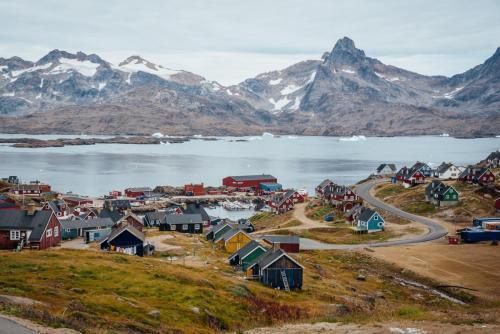 Østgrønlands største bygd, Tasiilaq
